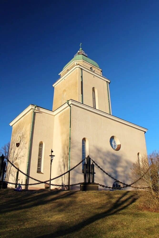 Suomenlinna Church and lighthouse