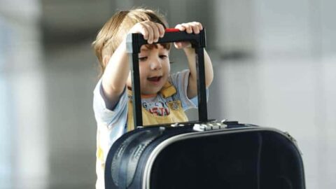 The best tips for flying with toddlers that will make your life easier