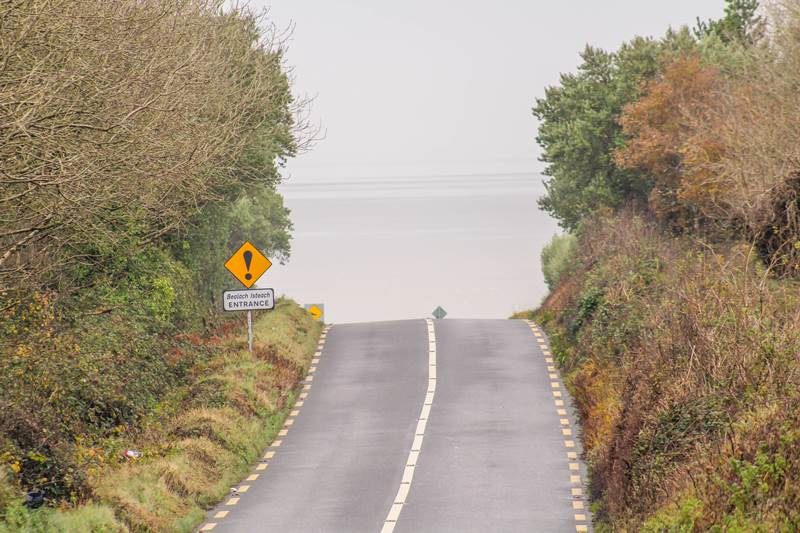driving in ireland age