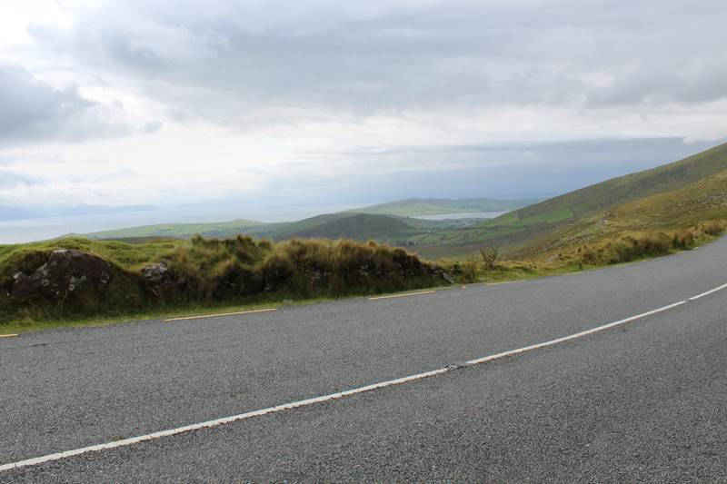 driving in ireland for tourists