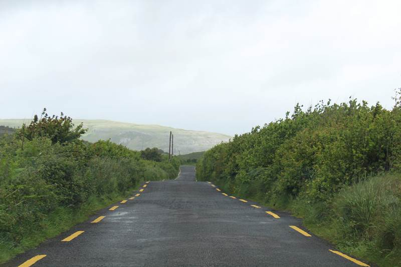 how to drive in Ireland