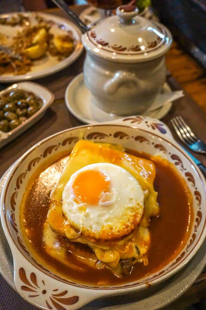 Eat Francesinha in Porto